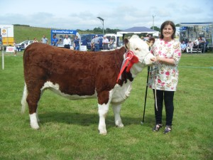 Female Champion and Reserve Supreme Hereford champion Dunworley Poll 1 Ruby  with Mary Pat Dinneen
