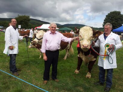 Champion Gurteragh Justice & Reserve Champion Gurteragh Jolly pictured with owner Michael O'Keeffe and judge Dan Melody