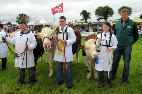 Society President Ivor Deverell pictured with Winners Young Handler R to L Catherine Smyth, Niall Jones& Patrick Farrell