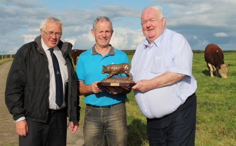 Martin Murphy Chairman Munster Branch IHBS John Fitzpatrick 'Dareens Herefords' Field Evening host accepting a presentation by Society President John Neenan on behalf of the branch