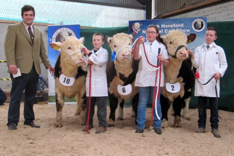 18 Winners Junior Handler Class R to L-