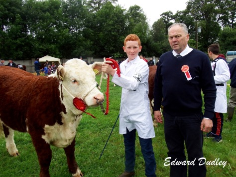 Conor Jones, winner of the junior stockperson class and Tommy Beirne (judge)