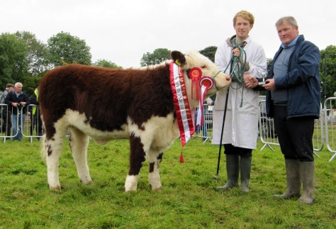 Champion Female Kilsunny Lass Matilda with Edward Dudley and Show/Fair Chairman Dermot Kelly
